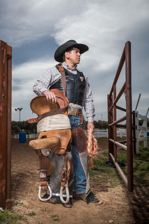 Longhorn Rodeo Rides Again Alcalde