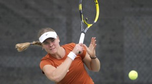 Pair of Top-20 Rankings Highlight Start to Women's Tennis Season