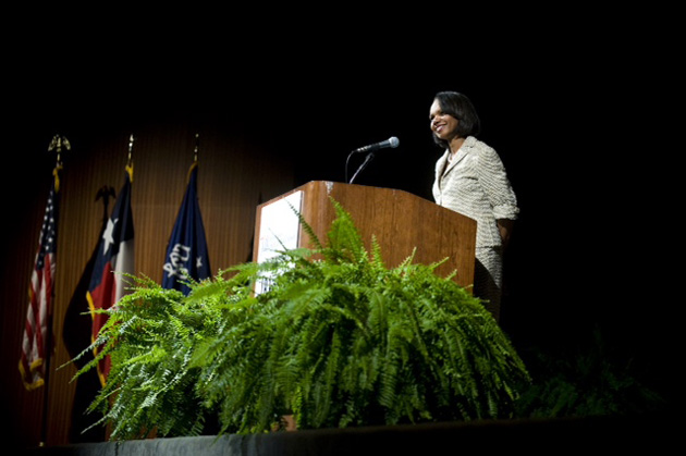 Condoleezza Rice Discusses Iraq War on the Forty Acres