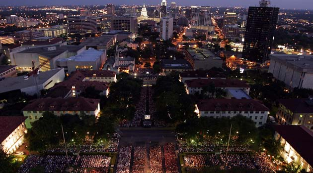 UT Tightens Commencement Security