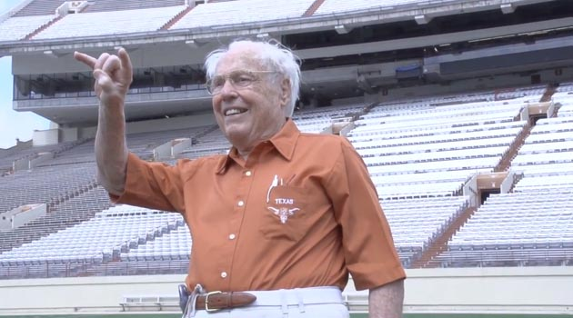 UT's Oldest Living Letterman Will Be Honorary Captain at Kansas State Game