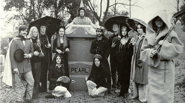 1977_DeathofPearlMag